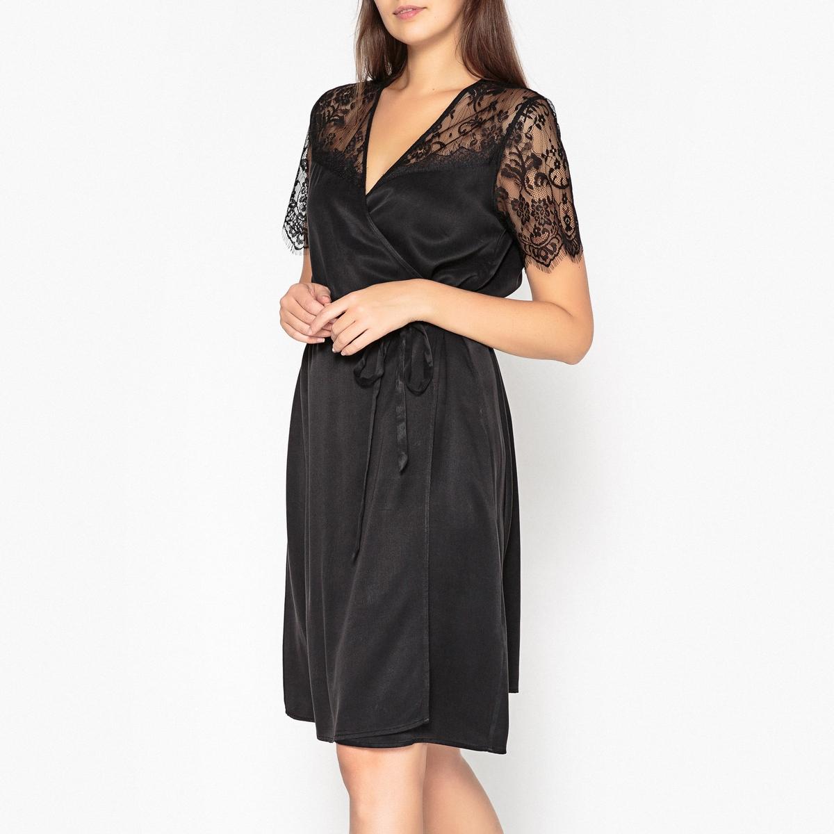 Платье-футляр укороченное с короткими рукавами