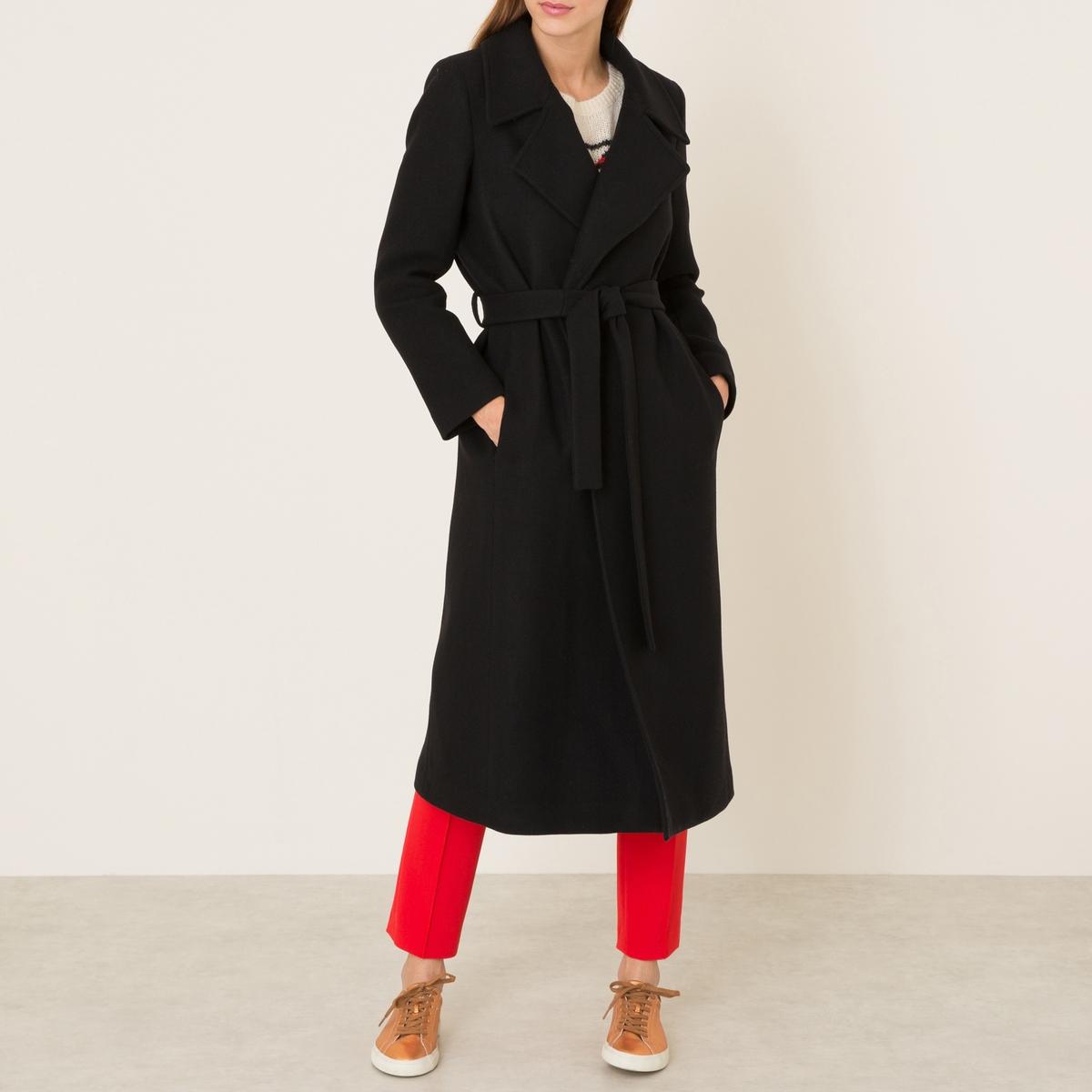 Пальто длинное однотонноеПальто LA BRAND BOUTIQUE, однотонное. Длинный покрой. Широкий костюмный зубчатый воротник. Боковые карманы в швах. Пояс со шлевками. Шлица сзади для большего удобства. Состав и описание    Материал : 78% необработанной шерсти, 22% полиамида    Марка : LA BRAND BOUTIQUE<br><br>Цвет: черный