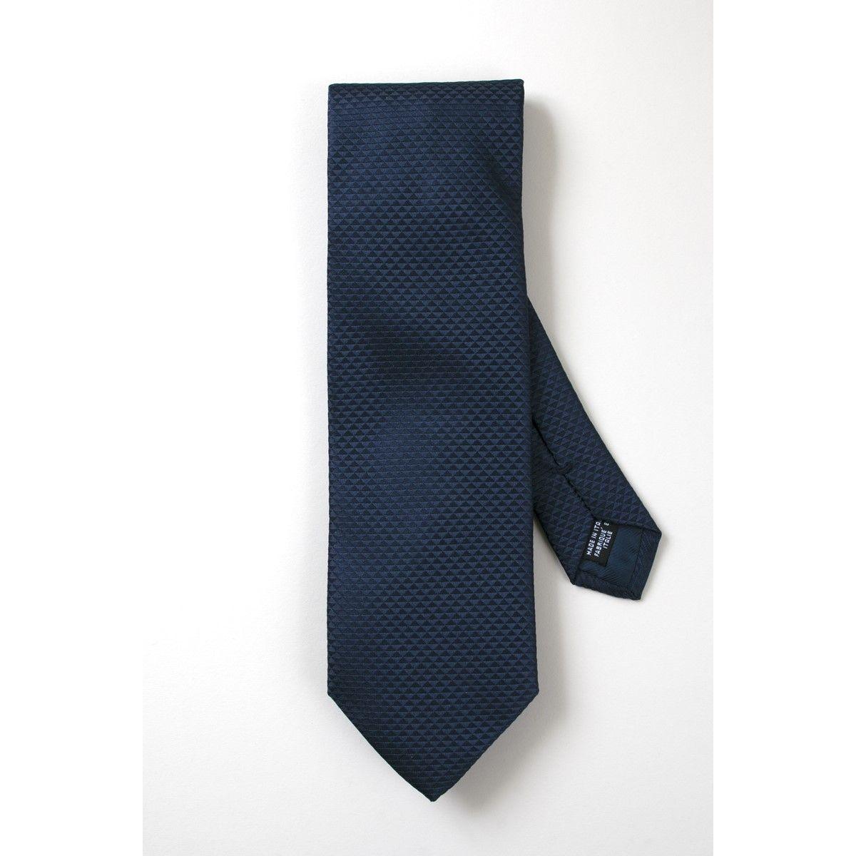 Cravate soie ton sur ton