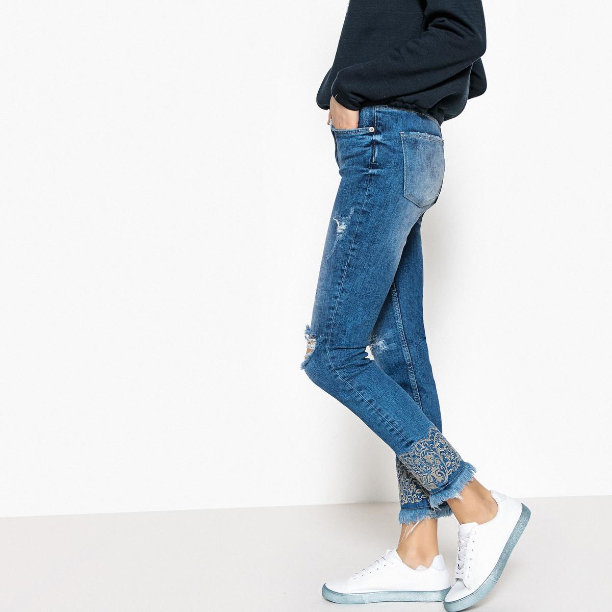 Джинсы La Redoute Слим с вышивкой и неподшитыми краями 32 (FR) - 38 (RUS) синий шорты la redoute плавательные с принтом джунгли мес года 18 мес 81 см синий