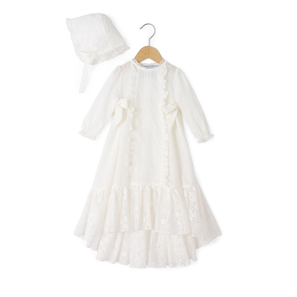 Платье с длинными рукавами и кружевной вставкой, 1 мес. - 12 мес.Платье с кружевными вставками. Длинные рукава. Продается с небольшим кружевным чепчиком того же цвета.Состав и описание : Материал          100% хлопок                       кружево, 70% хлопка, 30% полиамидаМарка          DELPHINE MANIVET X LA REDOUTEУход :Машинная стирка при 30 °C с вещами схожих цветовСтирать и гладить с изнаночной стороныСухая чистка и машинная сушка запрещеныГладить при низкой температуре. .<br><br>Цвет: белый<br>Размер: 9 мес. - 71 см