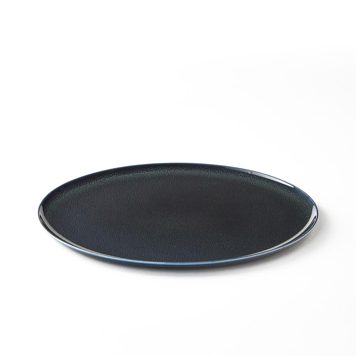 Тарелка мелкая из керамики, диаметр 26 см, BanokaМелкая тарелка из керамики, покрытой глазурью, Banoka придаст Вашему интерьеру ярких цветов и перенесет Ваших гостей в мечту. Размеры : диаметр 26 x высота 0,50 см.<br><br>Цвет: серо-синий,темно-красный