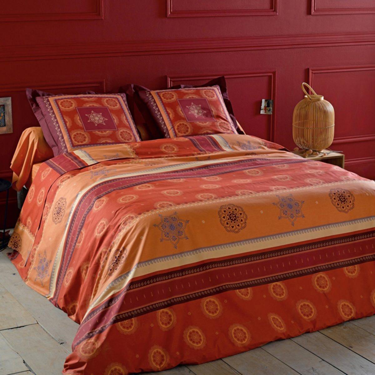 Наволочка на подушку-валик, AgadirХарактеристики наволочки на подушку-валик Agadir :Наволочка на подушку-валик с микрорисунком на фоне цвета охры.100% хлопок, 52 нити/см? : чем больше нитей/см?, тем выше качество ткани.Машинная стирка при 60 °С.Всю коллекцию постельного белья Agadir вы можете найти на сайте laredoute.ru Знак Oeko-Tex® гарантирует, что товары прошли проверку и были изготовлены без применения вредных для здоровья человека веществ.Размеры :85 x 185 см : наволочка на подушку-валик<br><br>Цвет: кирпично-оранжевый/охра