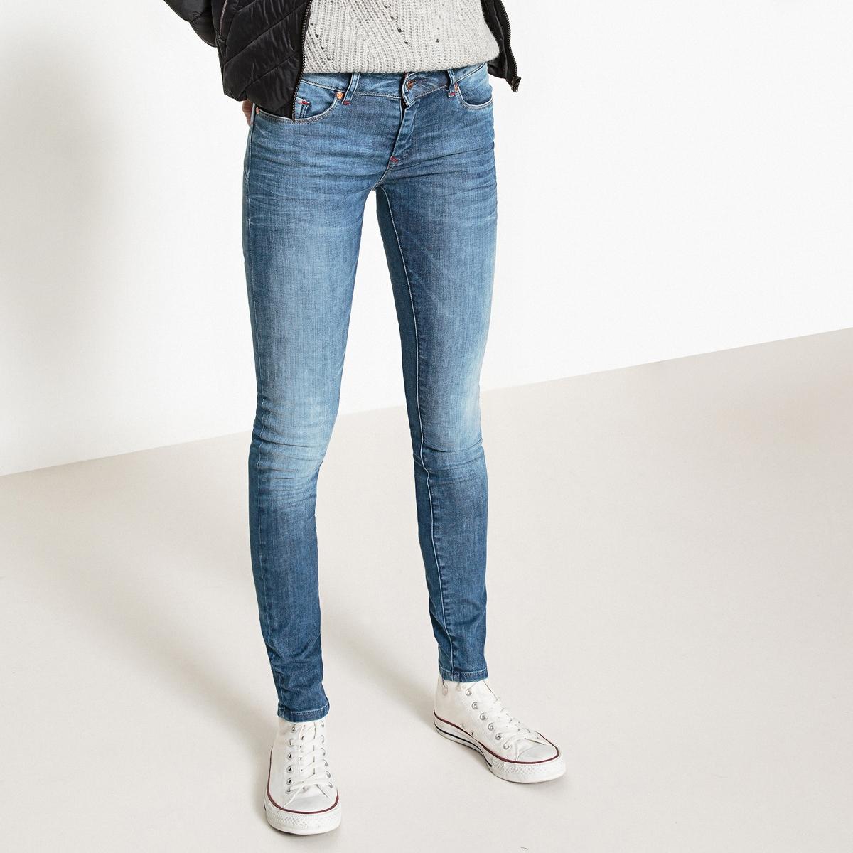 Jeans LOKA, taglio slim, effetto push-up
