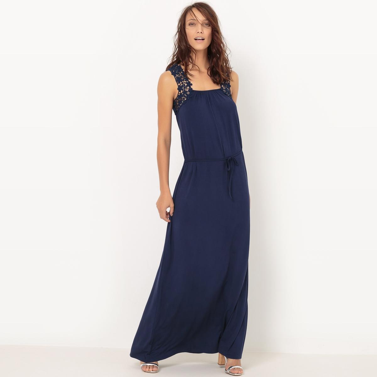 Платье длинное из трикотажа с отделкой крючком