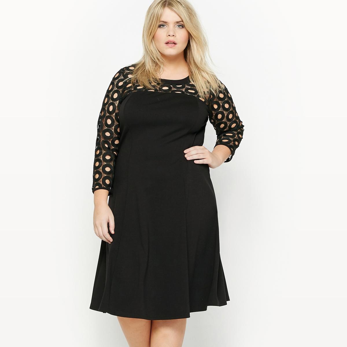 Платье из трикотажа, верх из гипюраСостав и описание :Материал : трикотаж, 75% полиэстера, 20% вискозы, 5% эластана, гипюр, 100% полиэстер. Длина : 100 см.Марка : CASTALUNAУход : Машинная стирка при 40 °С.<br><br>Цвет: черный