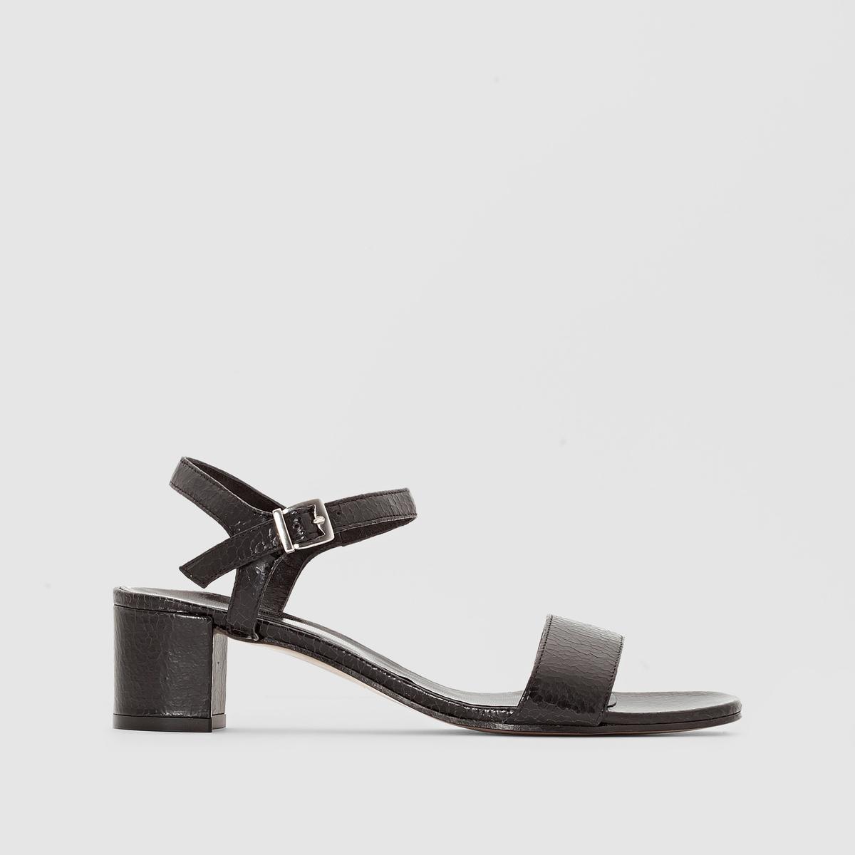 Босоножки кожаные ELIZABETH STUART SIMОтличная мягкая и нежная кожа, отделка под рептилию, модная и изящная модельформа сочетает черты городской и женской обуви, идеальный каблук : покупайте, не задумываясь, эту модель и носите ее с любой одеждой этим летом !<br><br>Цвет: черный<br>Размер: 41