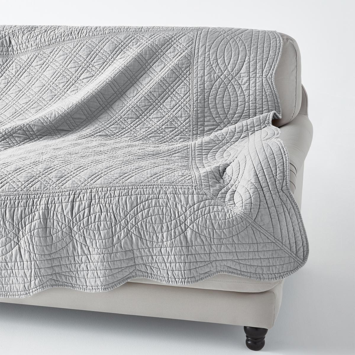 Покрывало стеганоеКачество VALEUR S?RE за качество материалов и тщательную отделку. 100% хлопка. Ручная работа, рельефная стежка, современная цветовая гамма. Наполнитель из 100% хлопка (250 г/м?). Волнистые края. Украсит кровать, кресло, диван… Стирка при 40°. Превосходная<br><br>Цвет: Cиний,серый жемчужный