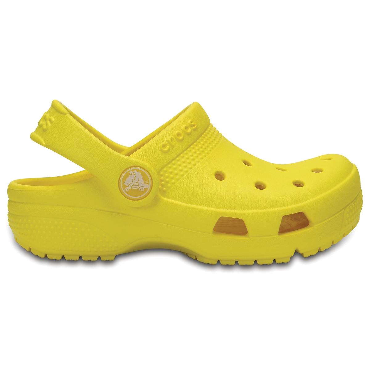 Сабо Kids Crocs Coast ClogОписание:Детали •  Плоский каблук •  Застежка : ремешок/пряжка •  Круглый мысок •  Гладкая отделкаСостав и уход •  Верх 100% ПВХ (поливинилхлорид) •  Стелька 100% ПВХ •  Подошва 100% ПВХ<br><br>Цвет: желтый<br>Размер: 24/25