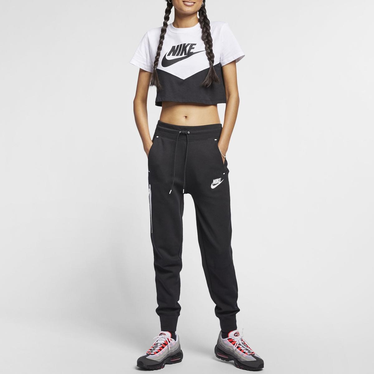 Imagen principal de producto de Camiseta Sportswear AR2513-010 - Nike