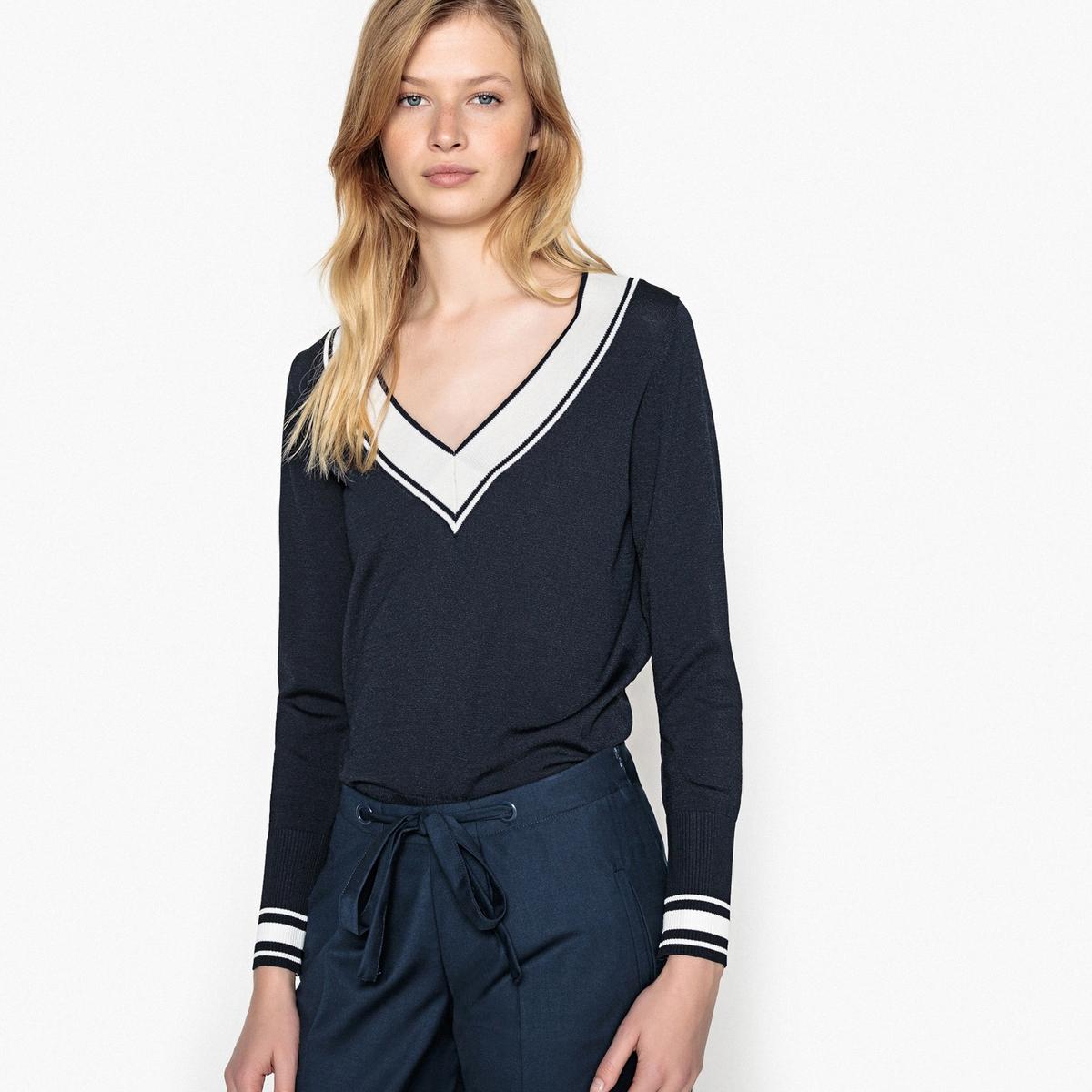 купить Пуловер с V-образным вырезом из тонкого трикотажа по цене 3399 рублей