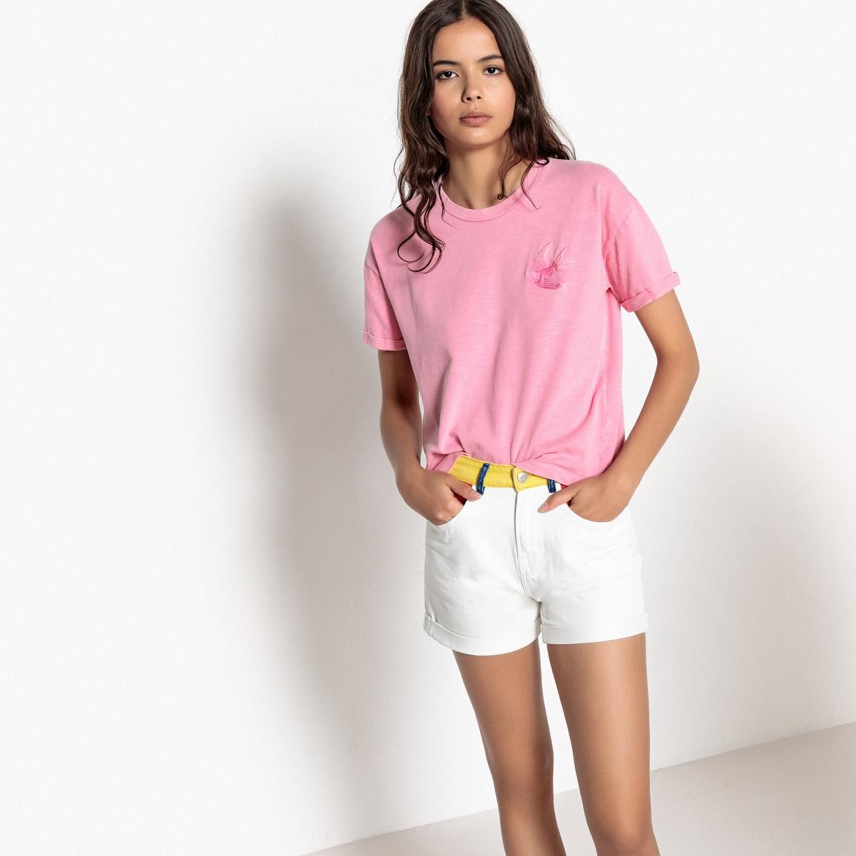 T-shirt com bordado andorinha