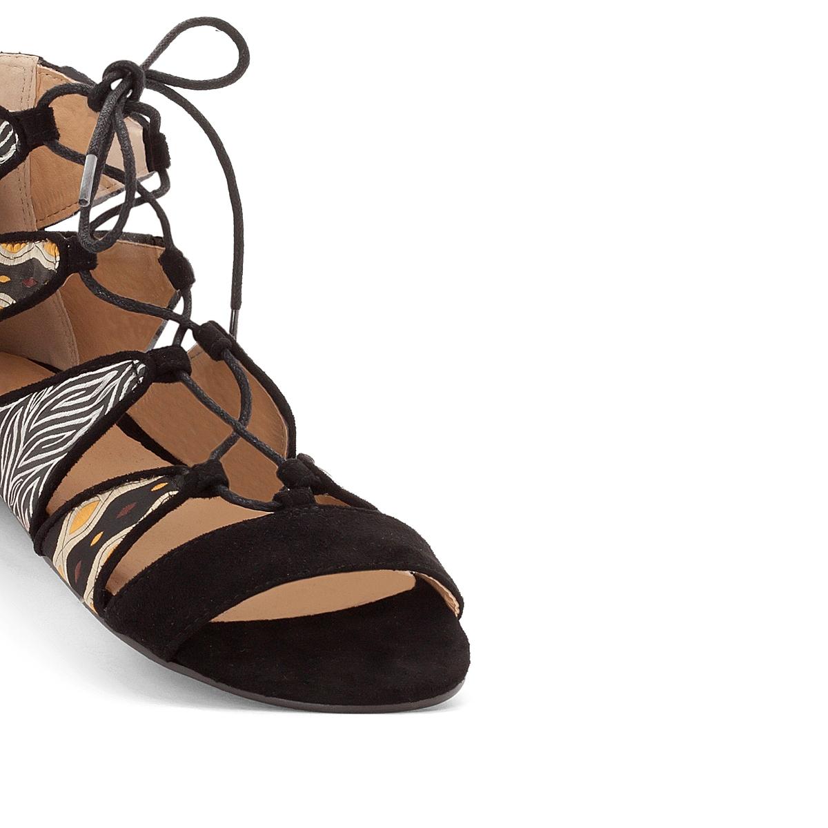 Сандалии с рисункомВерх: текстиль                  Подкладка : синтетика                  Стелька : синтетика                  Подошва : эластомер                  Высота каблука : плоская                 Форма каблука : плоская                Мысок : открытый мысок                  Застежка : на завязки<br><br>Цвет: синий морской,черный<br>Размер: 37.38.39.42.36.38.39.42