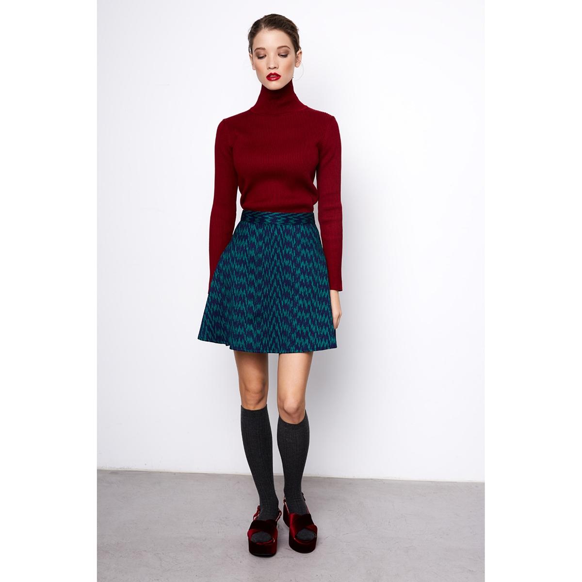 Платье короткое расклешенное с рисункомОписание:Детали •  Форма : расклешенная •  Укороченная модель  •  Рисунок-принтСостав и уход •  100% полиэстер •  Следуйте рекомендациям по уходу, указанным на этикетке изделия<br><br>Цвет: темно-синий/зеленый<br>Размер: M.XS