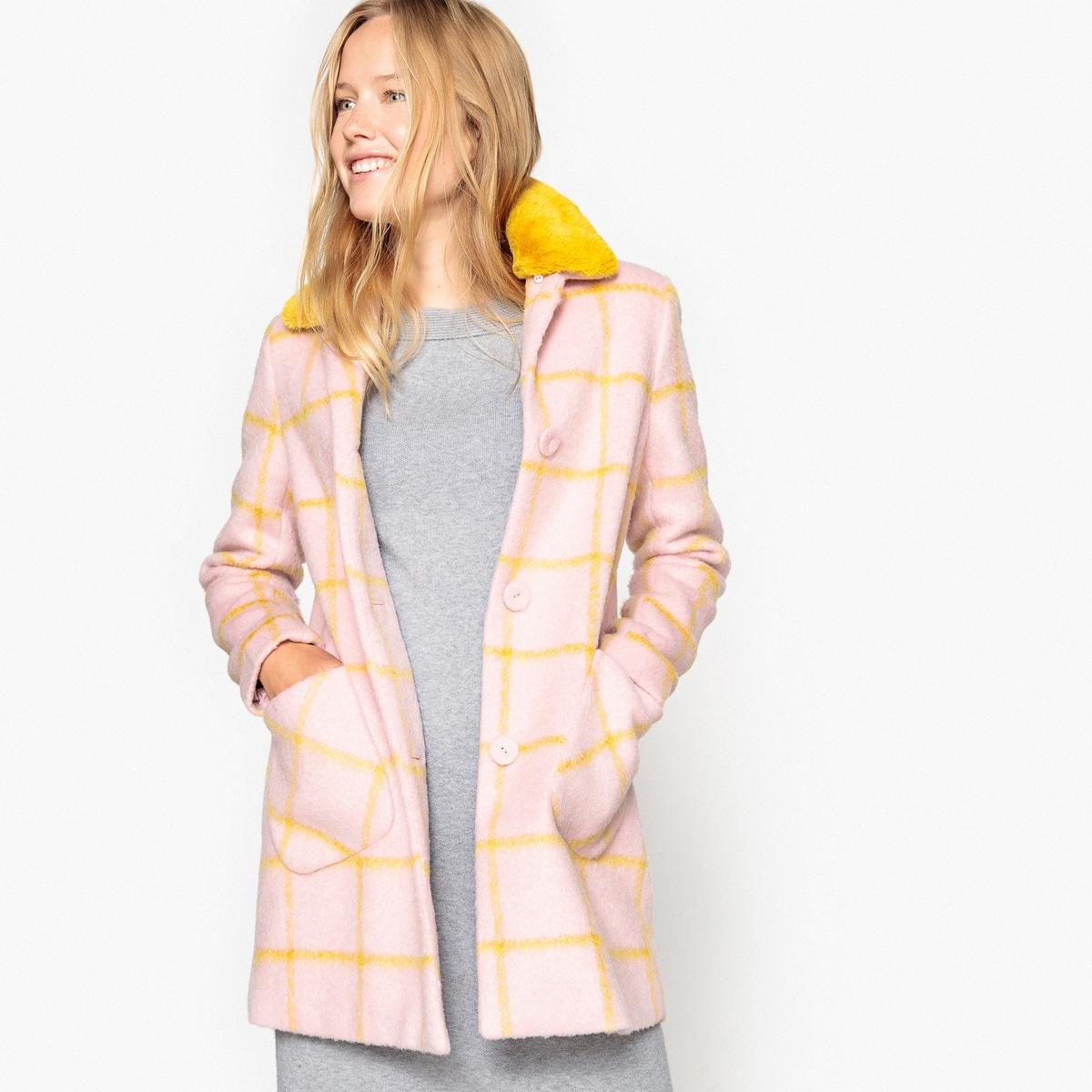 Пальто в клетку со съемным воротником