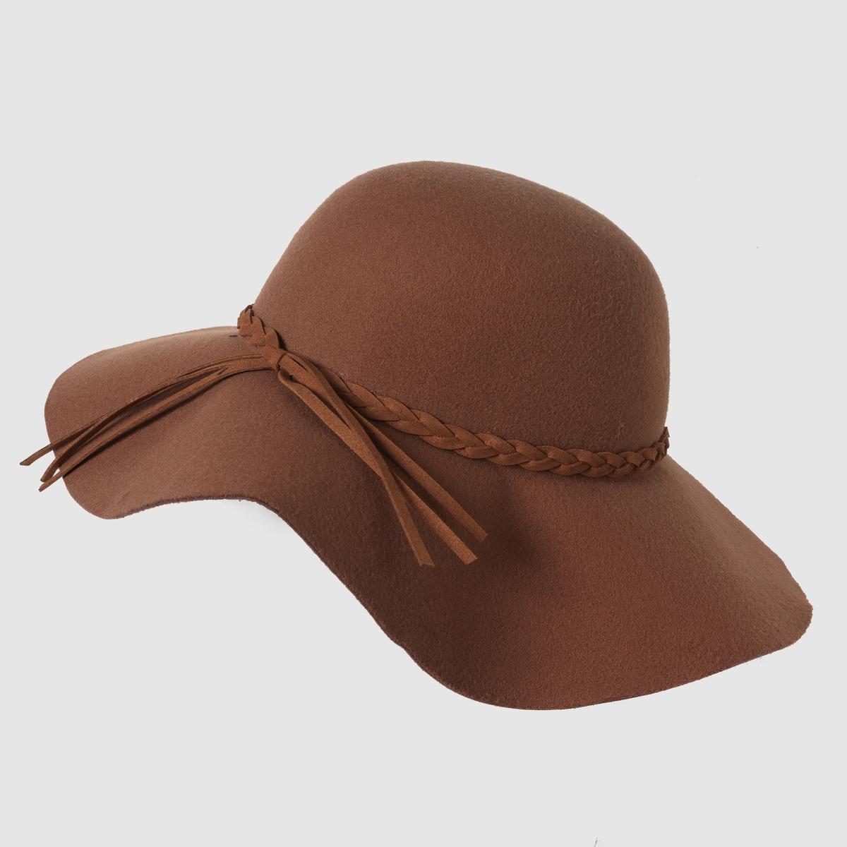 ШляпаЕдиный размер. Необходимый предмет одежды этой зимой. Фетр 100% полиэстера.<br><br>Цвет: каштановый<br>Размер: единый размер
