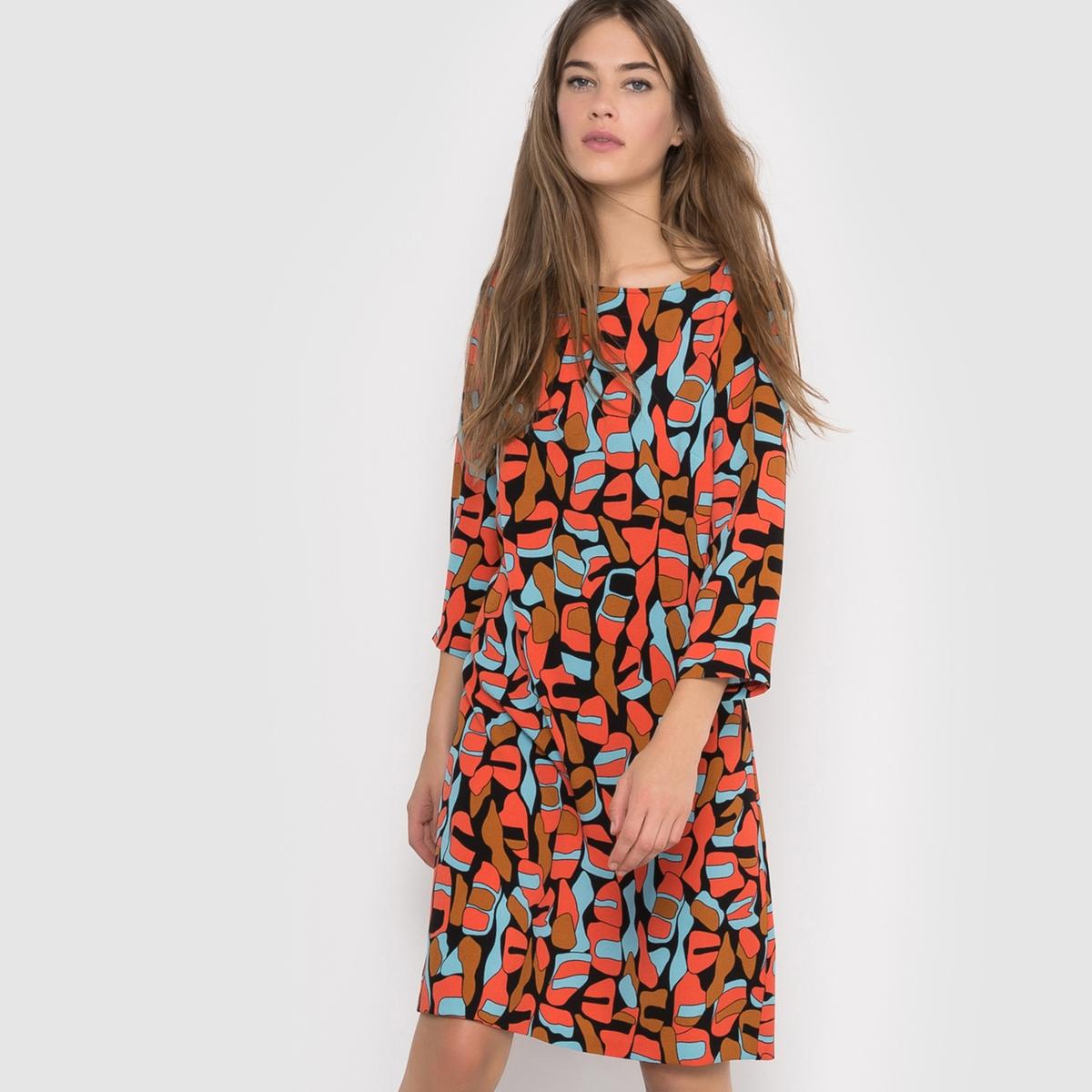 Платье с бантом сзадиПлатье с рукавами 3/4 R ?dition. Платье прямого покроя с оригинальным рисунком, V-образным вырезом сзади и оригинальным бантом. Состав и описание :Материал : 98% полиэстера, 2% эластанаМарка :      R ?ditionДлина : 115 смУходМашинная стирка при 30 °С с вещами схожих цветов Стирать и гладить с изнаночной стороныГладить при умеренной температуре<br><br>Цвет: набивной рисунок