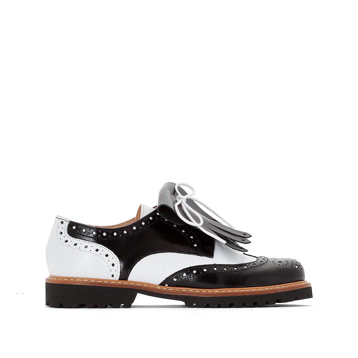 Дерби кожаные с бахромой AustralВерх : Кожа   Подкладка : Кожа   Стелька : Кожа   Подошва : эластомер   Форма каблука : плоский каблук   Носок : закругленный   Застежка : шнуровка<br><br>Цвет: черный/ белый<br>Размер: 37