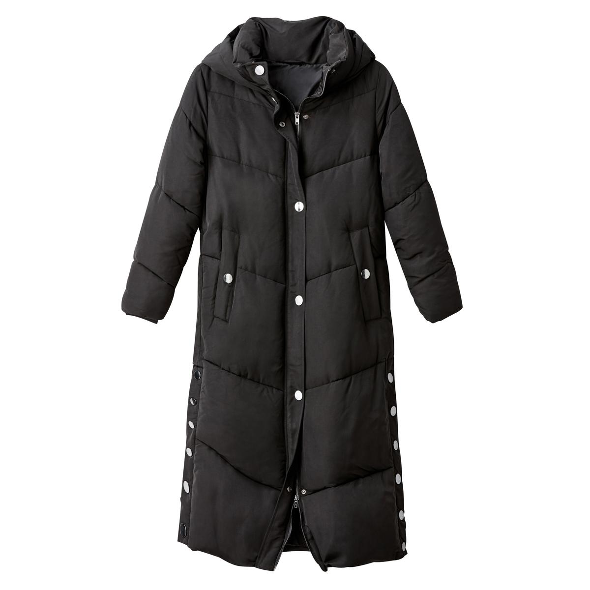 Куртка стеганая экстра длинная с капюшономОписание:Экстра длинная стеганая куртка отлично защитит вас от холода и дождя этой зимой. Стильная и комфортная теплая стеганая куртка с капюшоном. Детали •  Длина : удлиненная модель •  Капюшон •  Застежка на кнопки •  С капюшономСостав и уход •  100% полиэстер • Не стирать •  Деликатная чистка/без отбеливателей •  Не использовать барабанную сушку   •  Не гладить •  Длина : 120 см •  Очень практичная двойная застежка на молнию •  Боковые разрезы на кнопках<br><br>Цвет: черный<br>Размер: 36 (FR) - 42 (RUS)