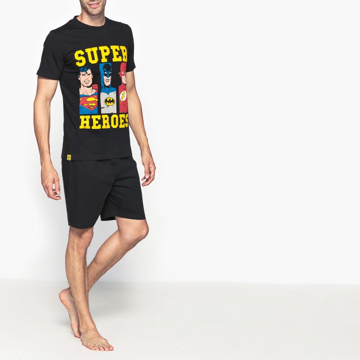Пижама с шортами, короткие рукава, Super H?rosОписание:Пижама с шортами, верх с короткими рукавами и рисунком спереди DC COMICS.Детали   :Пижама с шортами Supers Heros, короткие рукава.    Футболка с круглым вырезом.Брюки с эластичным поясом.Состав и уход:100% хлопокМашинная стирка при 30°<br><br>Цвет: черный<br>Размер: L