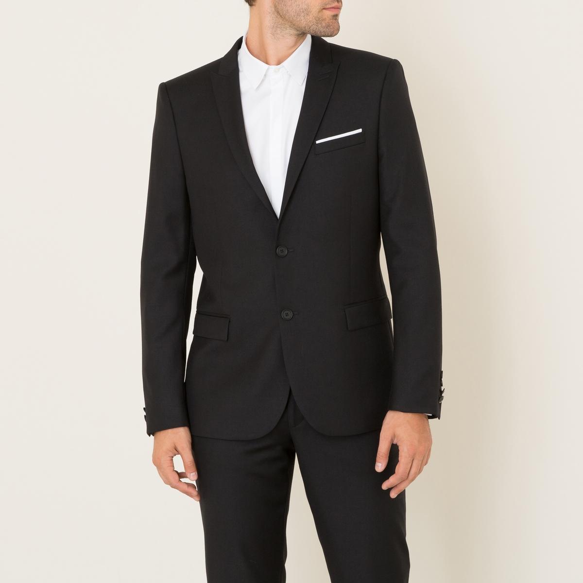 Пиджак костюмныйСостав и описание Материал : 100% ШерстьПодкладка : 100% ВискозаМарка : THE KOOPLES<br><br>Цвет: черный<br>Размер: 52