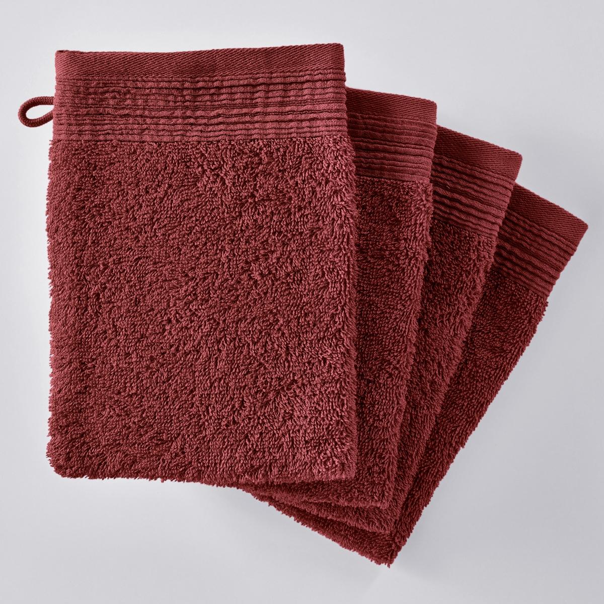 Комплект из 4 однотонных махровых банных рукавичек из биохлопкаОписание:Комплект из 4 однотонных махровых банных рукавичек из биохлопка : очень мягкое и приятное наощупь. Биохлопок сохраняет окружающую среду и здоровье людей, возделывающих его.   Характеристики банных рукавичек однотонных из био-хлопка :- Махровая ткань, 100% биохлопок (500 г/м?) отличного качества.- Отделка плиссированной кромкой.- Машинная стирка при 60 °С.- Машинная сушка.- Замечательная износоустойчивость, сохраняет мягкость и яркость окраски после многочисленных стирок.- Размеры одной рукавички : - 15 x 21 см.- В комплекте 4 рукавички.Знак Oeko-Tex® гарантирует, что товары прошли проверку и были изготовлены без применения вредных для здоровья человека веществ.<br><br>Цвет: белый,индиго,серо-бежевый,серо-синий,серый,терракота<br>Размер: 15 x 21  см.15 x 21  см.15 x 21  см
