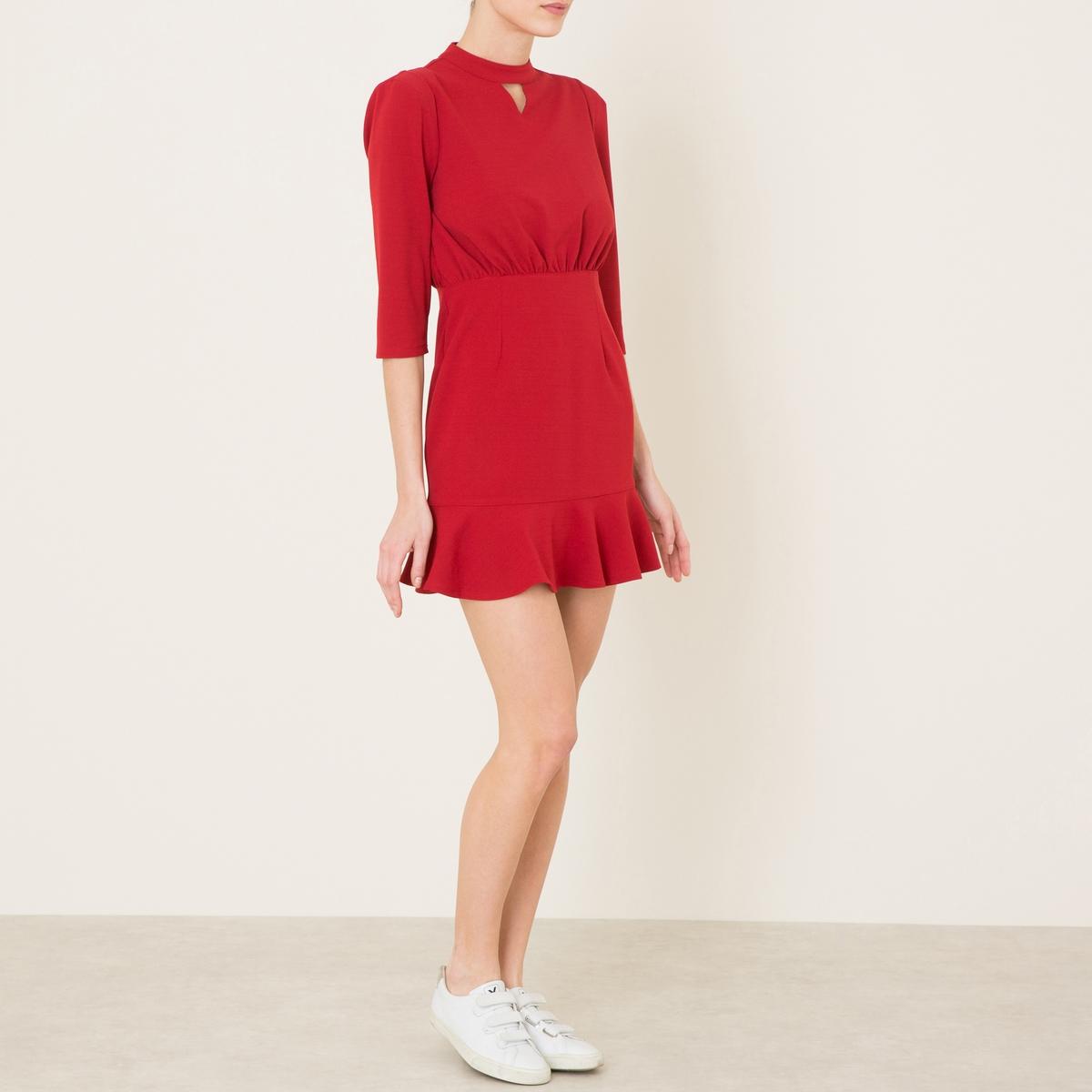 Платье со складкамиСостав и описание    Материал : 95% полиэстера, 5% эластана   Подкладка 100% полиэстер   Длина : ок.85 см. для размера 36   Марка : SISTER JANE<br><br>Цвет: красный