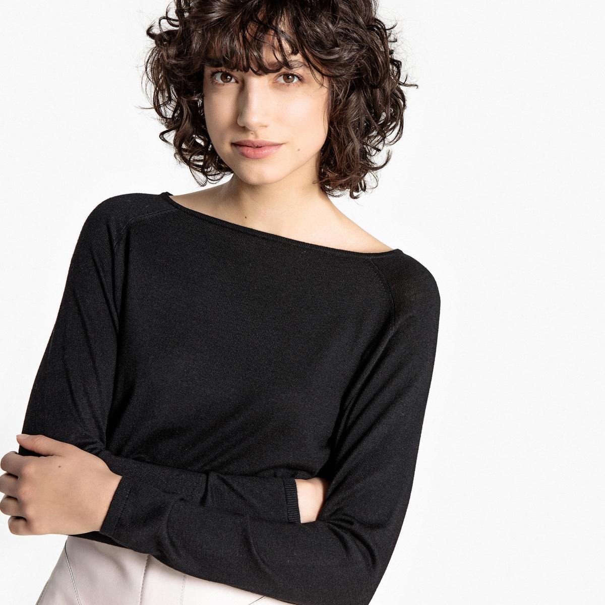 Пуловер с вырезом-лодочкой из тонкого трикотажа