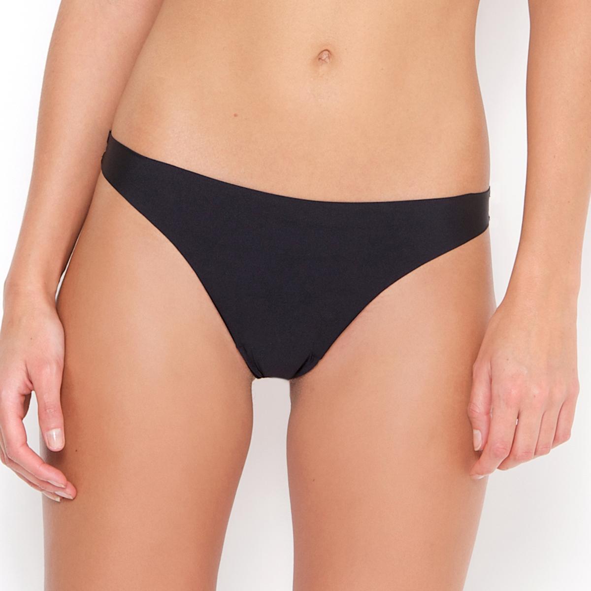 Трусы-стринги, незаметные под одеждой (комплект из 2 шт.)2 трусов-стрингов. Невидимые швы: совершенно незаметны под одеждой . Ластовица на подкладке из хлопка. Мягкий и эластичный трикотаж: 86 % полиамида, 14 % эластана. Трусы-стринги в комплекте из 2 штук.<br><br>Цвет: белый,телесный,черный<br>Размер: 34/36 (FR) - 40/42 (RUS).34/36 (FR) - 40/42 (RUS).46/48 (FR) - 52/54 (RUS).46/48 (FR) - 52/54 (RUS).42/44 (FR) - 48/50 (RUS).38/40 (FR) - 44/46 (RUS)
