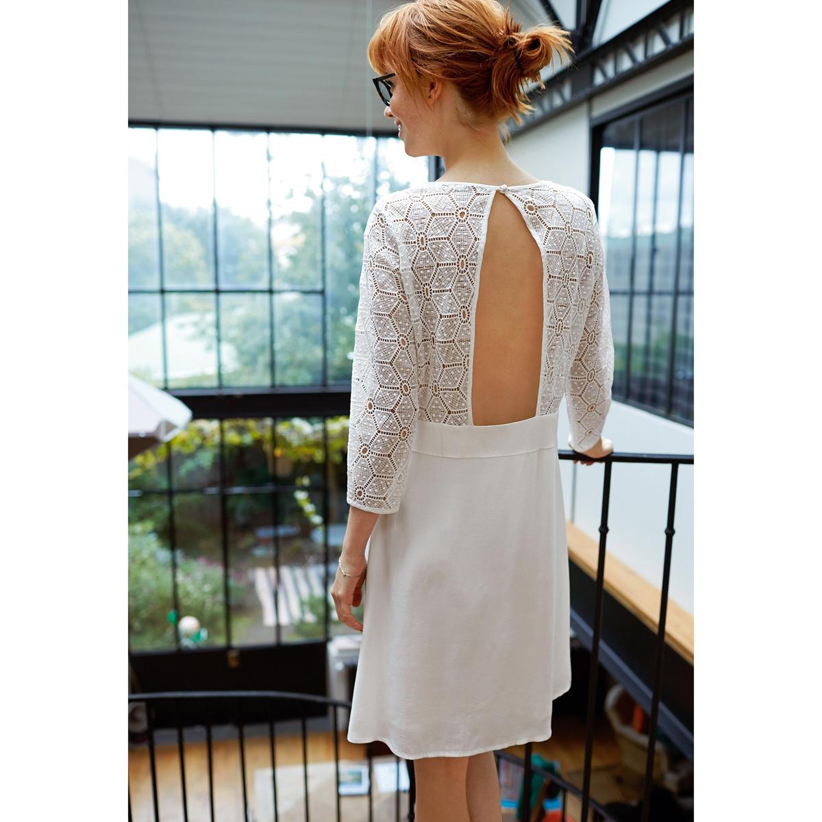 Платье из двух материалов, с открытой спиной