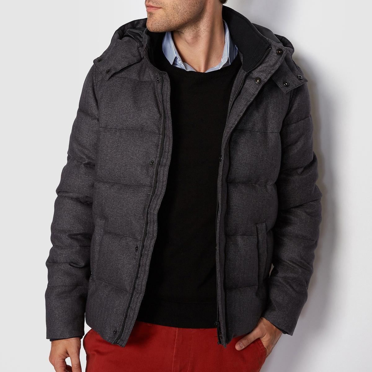 Куртка стёганая с капюшономСтеганая куртка с капюшоном R essentiel.Облегающая и очень теплая стеганая куртка с капюшоном. Как только наступят холода, наденьте эту куртку, не теряя ни секунды!Материал : 100% полиэстерКарманы по бокам.Застежка : на молнию<br><br>Цвет: серый<br>Размер: XL