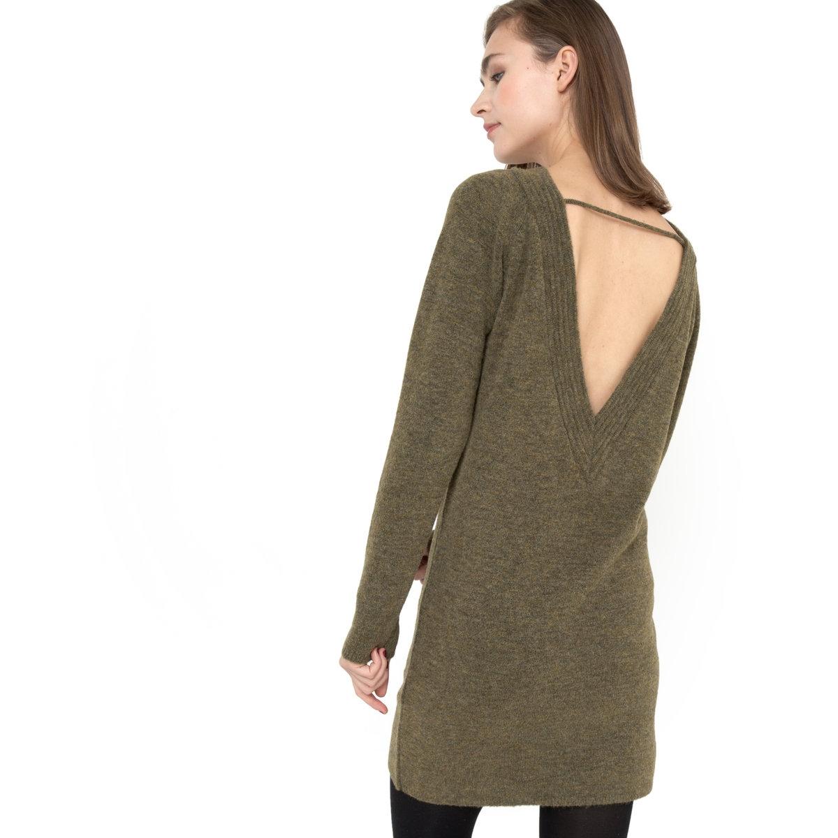 Платье из трикотажа с вырезом на спине ELISAПлатье ELISA - GAT RIMON. Платье с длинными рукавами из трикотажа с крапчатым узором. Круглый вырез спереди, глубокий V-образный вырез на спине с видимыми стежками. Поперечное соединение выреза на спине. Рукава реглан . Трикотаж 68% акрилового волокна, 30% полиамида, 2% эластана .<br><br>Цвет: хаки
