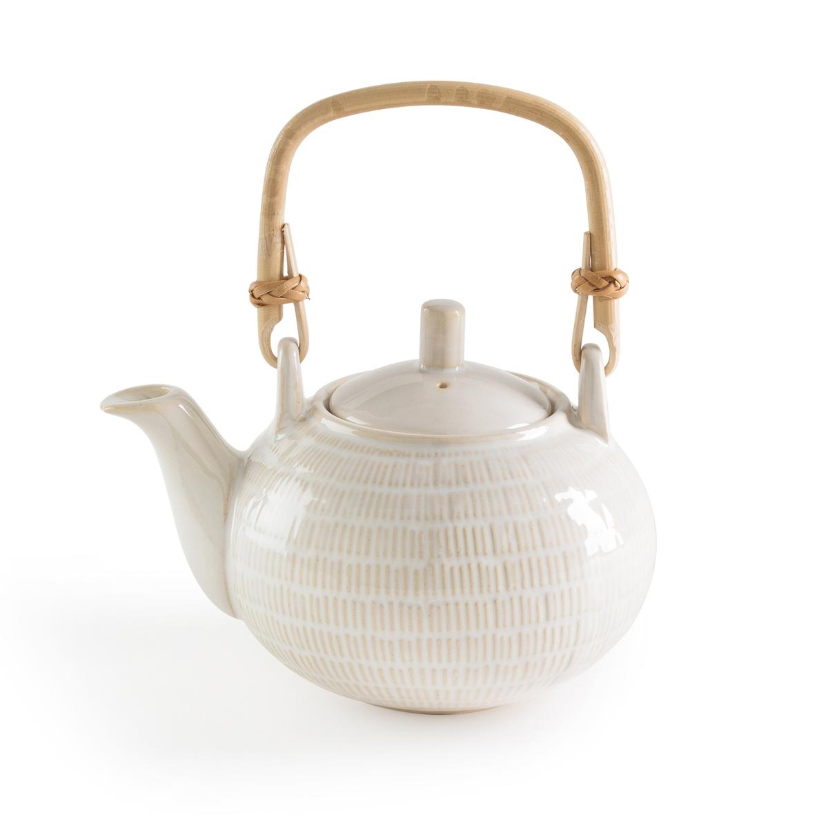 Чайник заварочный с ручкой из ротангаLOKJIОписание:Заварочный чайник La Redoute Interieurs : текстурный двухцветный узор, эмалированная отделка. Очаровательный и практичный чайник для душевных моментов.Характеристики заварочного чайника •  Камень, отделка разноцветной эмалью •  Ручка из ротанга •  Блестящая отделкаРазмеры заварочного чайника •  Размеры: 15 x 11,5 x 10 смВсю коллекцию столового декора вы найдете на сайте laredoute.<br><br>Цвет: белый