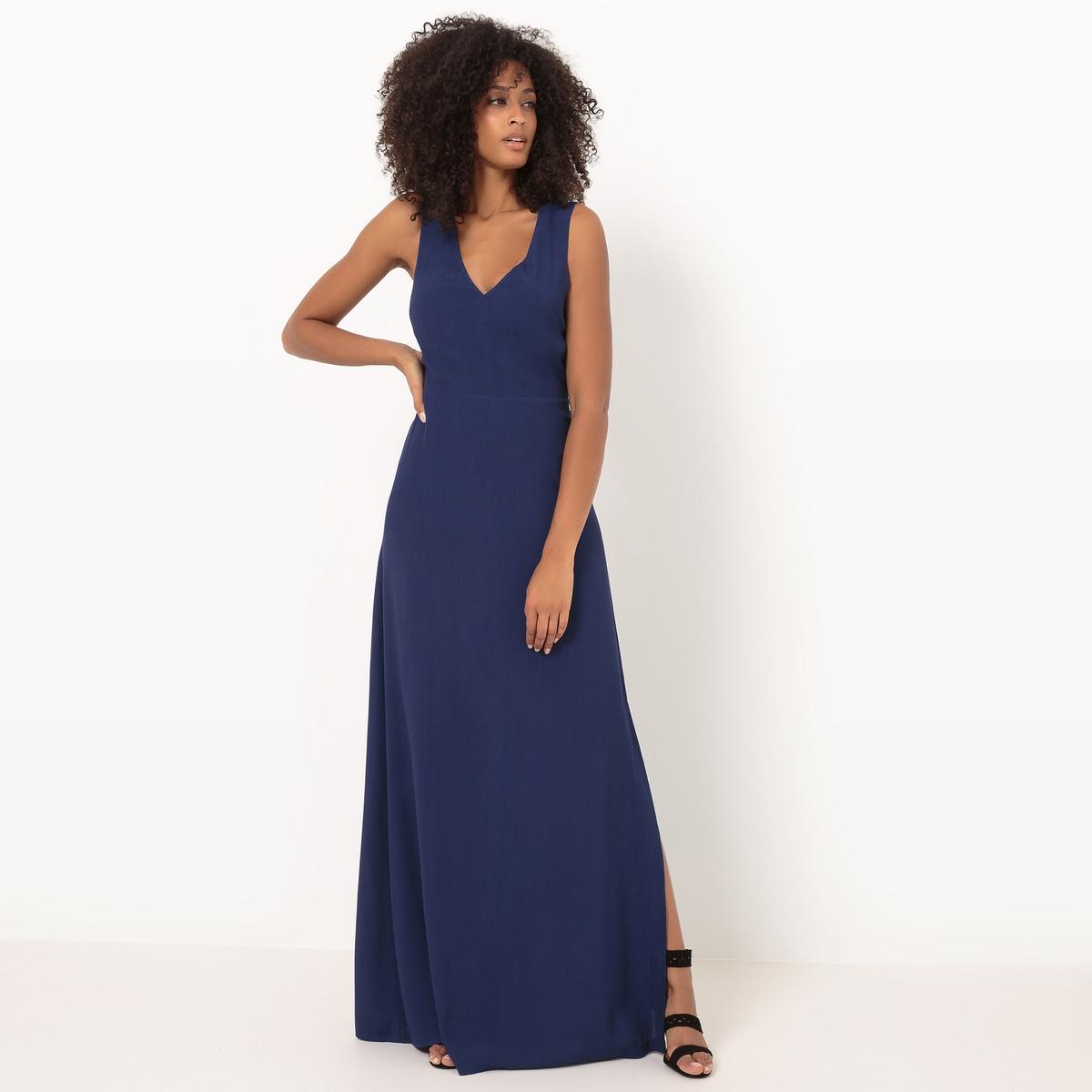 Платье длинное, однотонное