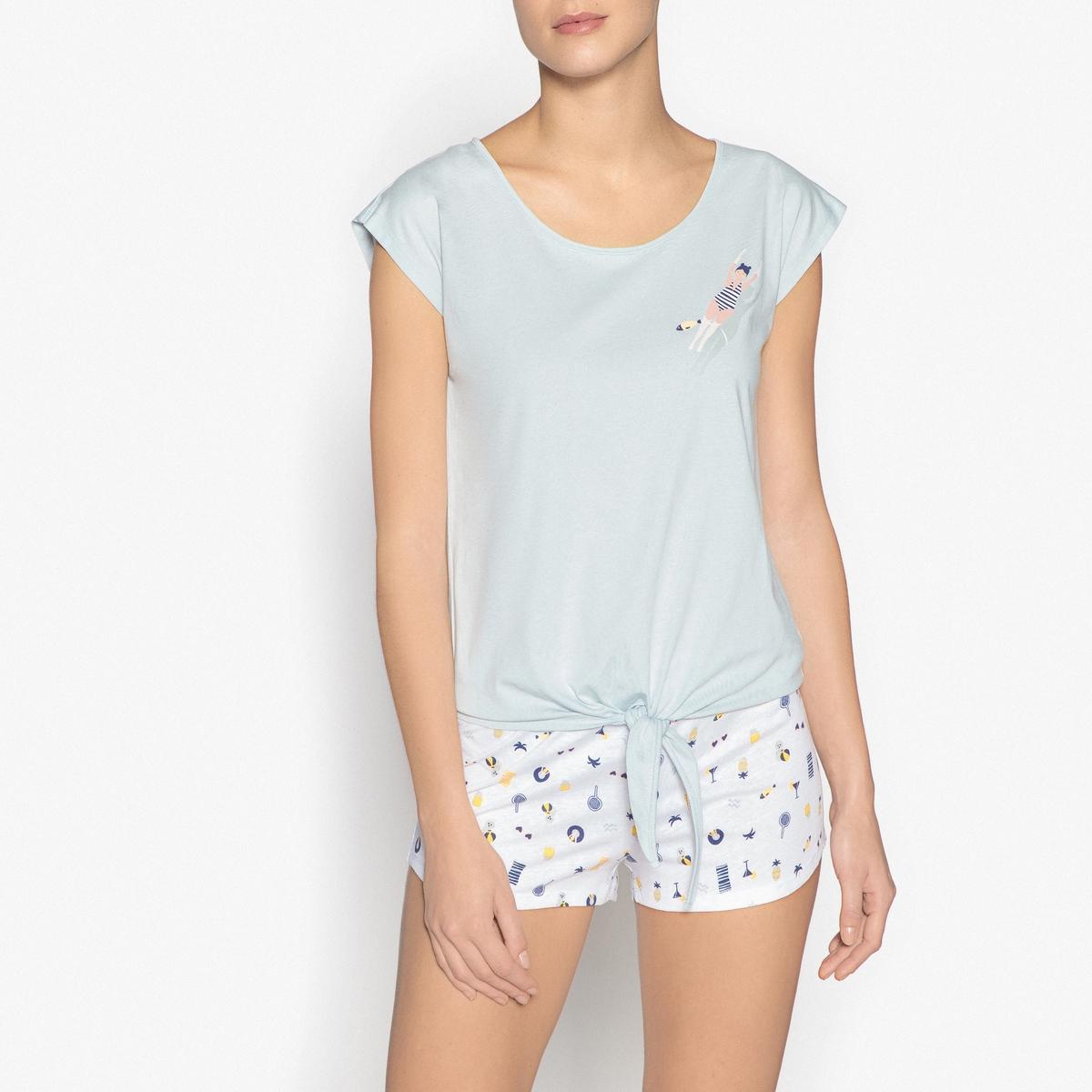 Пижама с шортами с рисункомОписание:Очень мягкая пижама с шортами, с завязками спереди, идеально подойдет для тех, кто любит спать в шортах .Детали изделия •  Прямой покрой . •  Круглый вырез. •  Короткие рукава. •  Бантик спереди . •  Шорты на эластичном поясе со шнурком . •  Длина : верх 62 см, длина по внутр.шву 5 см .Состав и уход •  Материал : 100% хлопок. •  Машинная стирка при 40°C на деликатном режиме. •  Стирать с вещами схожих цветов. •  Стирать и гладить с изнаночной стороны. •  Гладить при низкой температуре.<br><br>Цвет: голубой/ белый<br>Размер: 46/48 (FR) - 52/54 (RUS).42/44 (FR) - 48/50 (RUS).34/36 (FR) - 40/42 (RUS).50/52 (FR) - 56/58 (RUS).38/40 (FR) - 44/46 (RUS)