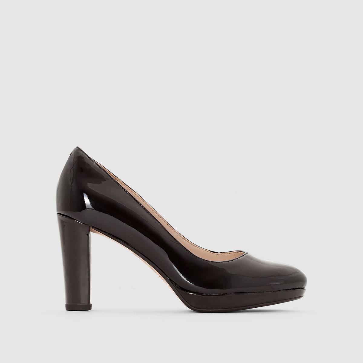 Туфли лаковые на каблуке, KENDRA SIENNAПодкладка: Синтетический материал.       Стелька: Кожа.   Подошва: Каучук.                        Высота каблука: 8 см.Форма каблука: Широкая.   Мысок: Круглый.    Застежка: Без застежки.<br><br>Цвет: Черный лак