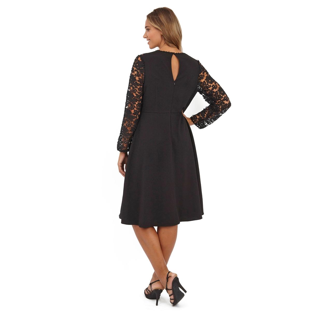 ПлатьеПлатье с длинными рукавами - LOVEDROBE. 100% полиэстер. Симпатичное кружево в верхней части и на рукавах. Длина ок.104 см<br><br>Цвет: черный<br>Размер: 44 (FR) - 50 (RUS)