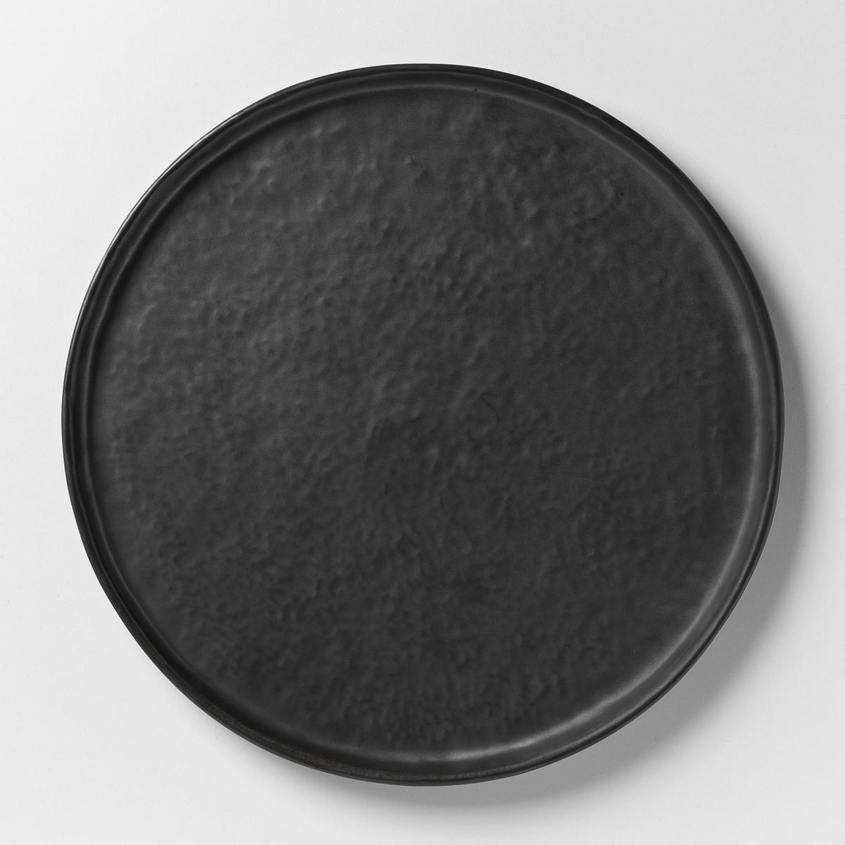 Тарелка плоская из керамики Pure design P .Нессенса, SeraxХарактеристики: - Из матовой керамики с эффектом чеканки .- Можно использовать в посудомоечных машинах и микроволновых печах.- Десертная тарелка и чашка из комплекта продаются на нашем сайте .Размеры  :- ?27 x Выс1,6 см .<br><br>Цвет: черный<br>Размер: единый размер