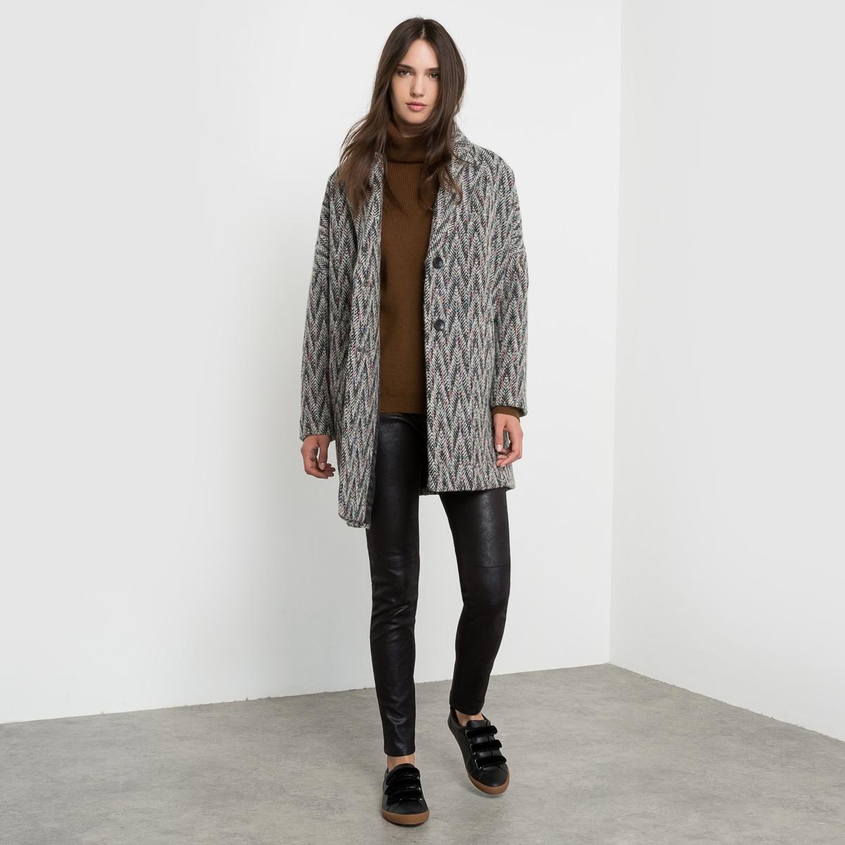 Пальто покроя оверсайз с зигзагообразным рисункомСостав и описание :Материал       50% шерсти, 50% полиэстераПодкладка       100% полиэстераМарка       SEE U SOONУход :Сухая чистка<br><br>Цвет: серый меланж