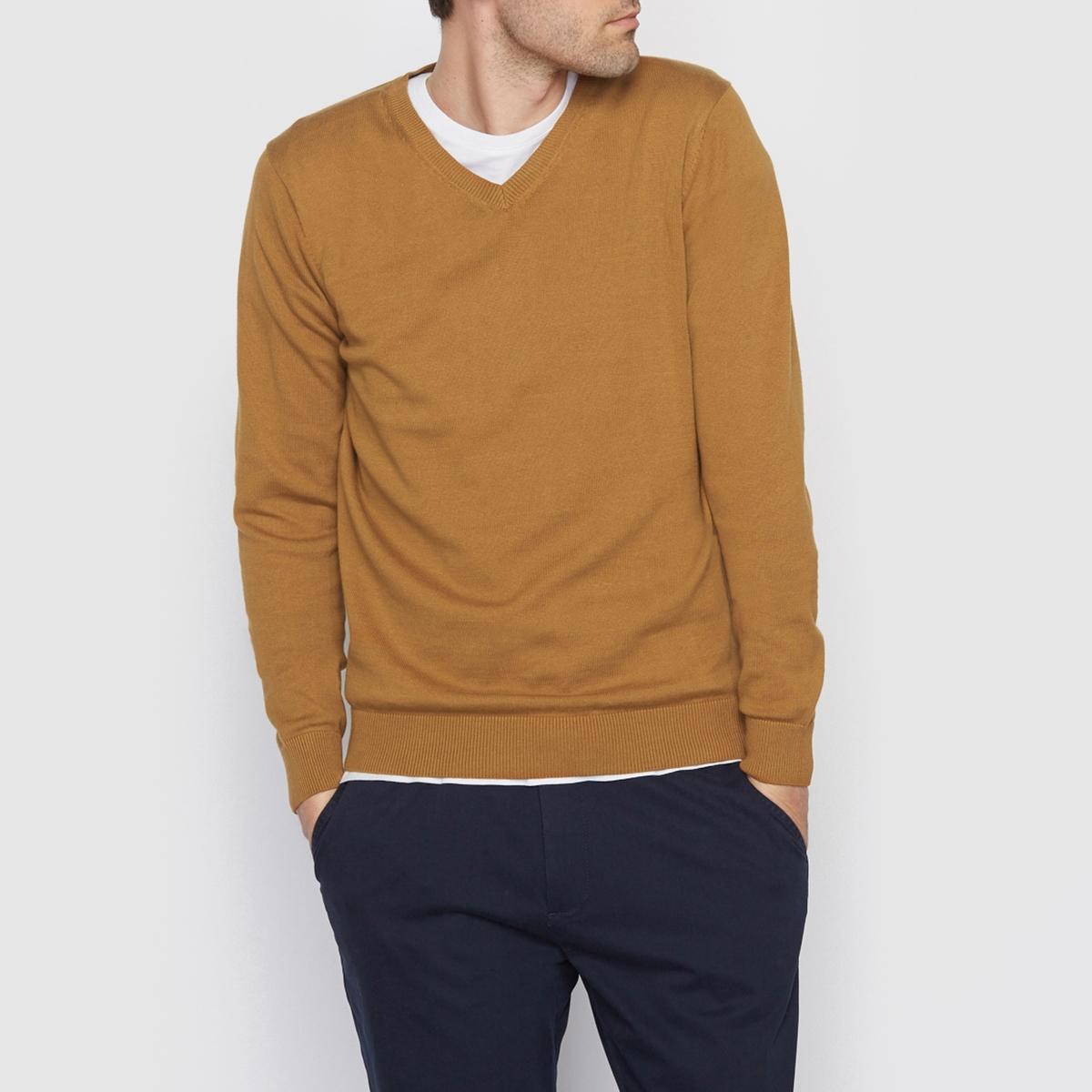 Пуловер с V-образным вырезом, 100% хлопкаПуловер с длинными рукавами. Прямой покрой, V-образный вырез. Края низа и рукавов связаны в рубчик. Состав и описание Материал : 100% хлопкаМарка : R essentiel.<br><br>Цвет: темно-бежевый