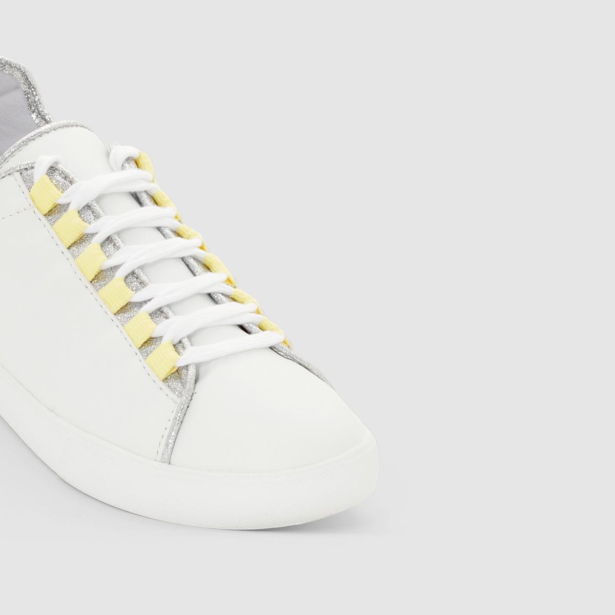 Кеды синтетическиеОписание:Детали  •  Спортивный стиль •  Плоский каблук •  Застежка : шнуровка •  Гладкая отделкаСостав и уход  •  Верх 100% синтетический материал •  Подкладка 100% полиэстер<br><br>Цвет: белый<br>Размер: 41