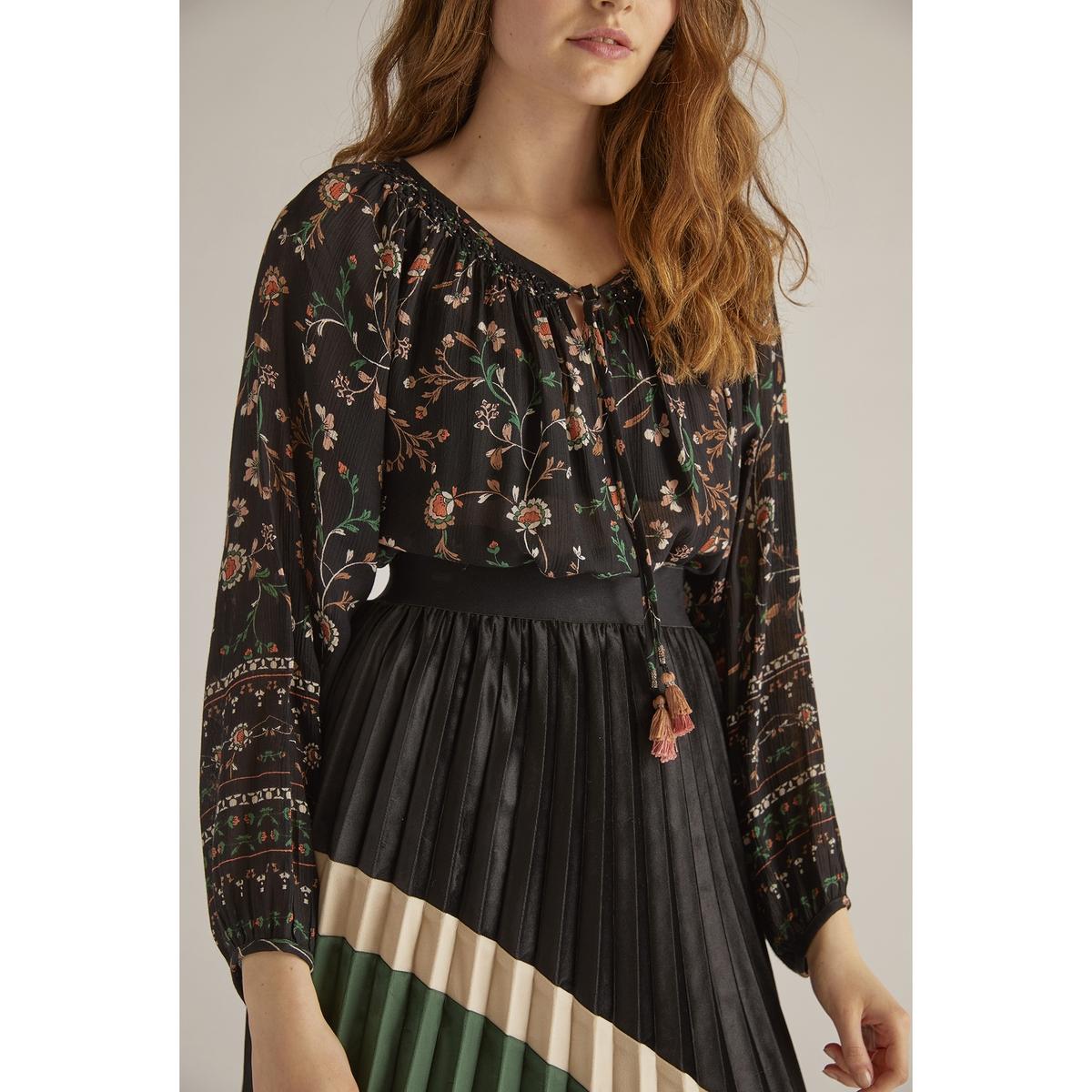 Блузка с круглым вырезом, цветочным рисунком  длинными рукавами