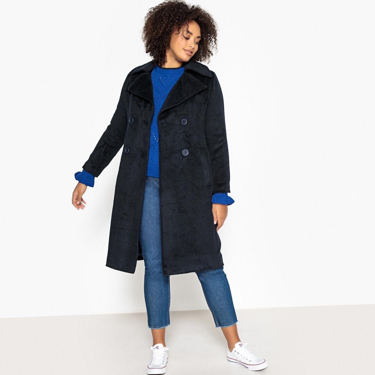 Пальто средней длины  двубортной застежкой на пуговицы