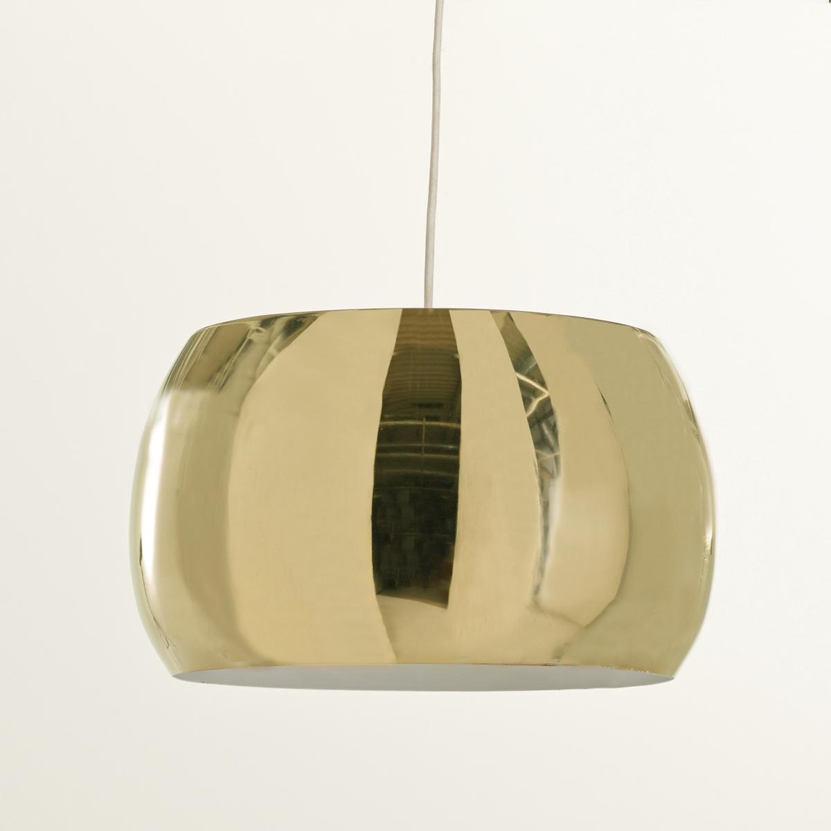 Светильник-шар цвет под латунь, EloriСветильник-шар цвет под латунь Elori. Светильник в форме шара красивой расцветки Elori выполнен в духе 70-х годов.Описание светильника Elori :Патрон E27 для флюокомпактной лампочки 15W (не входит в комплект)  .Этот светильник совместим с лампочками    энергетического класса   : A.Характеристики светильника Elori :Светильник из металла под латунь, электрический кабель обтянут черной тканью.Потолочная чаша из меди.Размеры светильника Elori :Общие размерыДиаметр : 35 смВысота : 21 смРазмеры и вес коробки :1 упаковка39 x 39 x 25 см 2,2 кг<br><br>Цвет: латунь