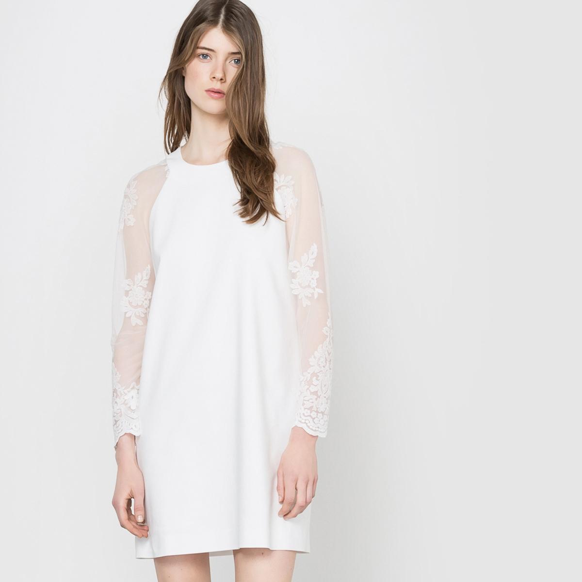 Платье свадебное с рукавами из кружева