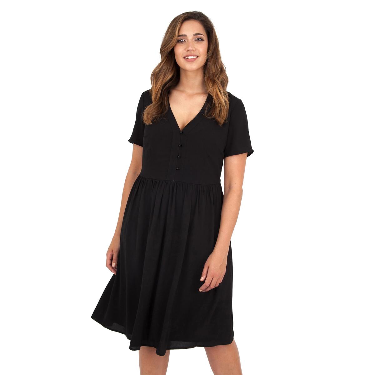 ПлатьеПлатье с короткими рукавами - LOVEDROBE. Красивый вырез декольте с небольшими пуговицами. Длина ок.104 см. 100% полиэстера.<br><br>Цвет: черный<br>Размер: 48 (FR) - 54 (RUS)