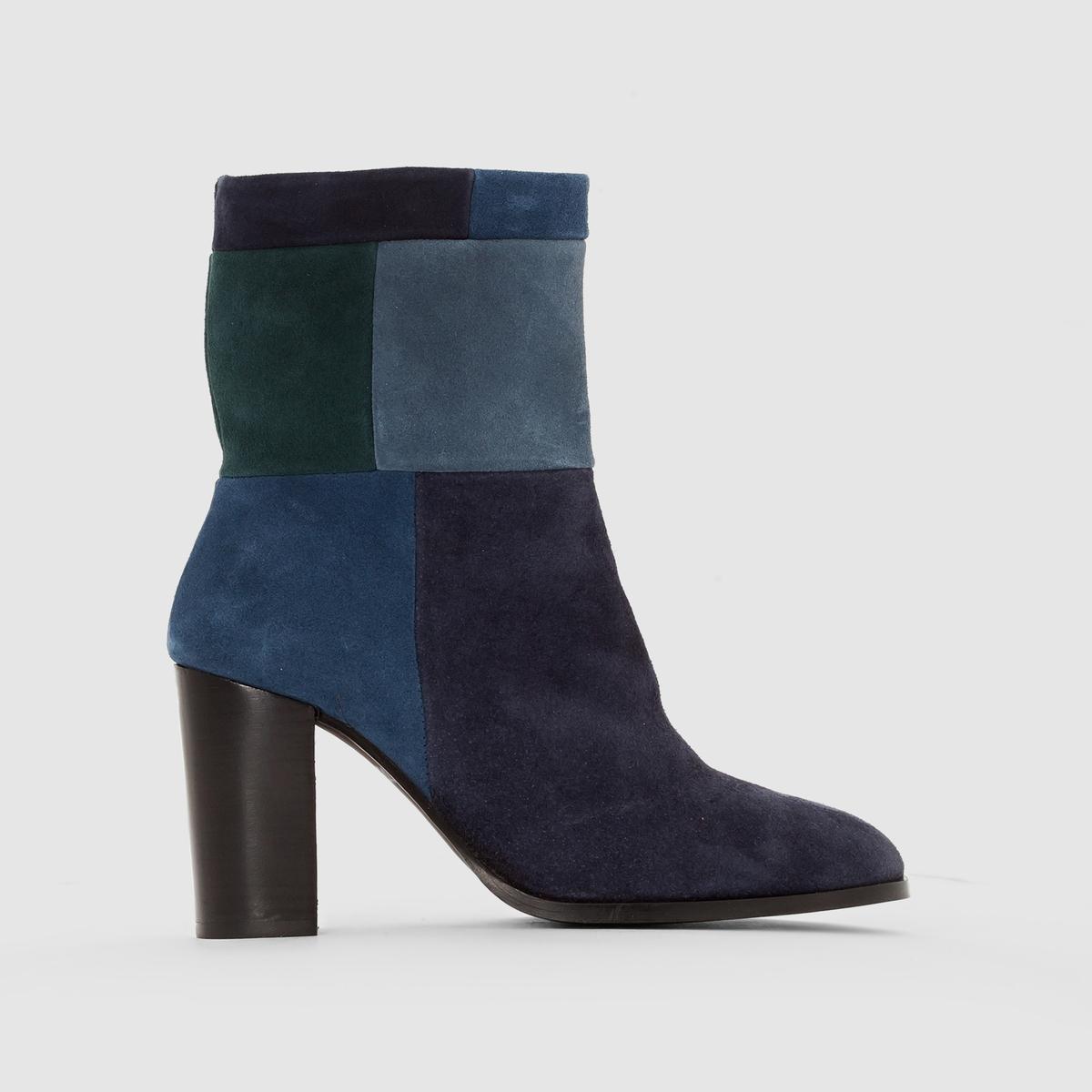 Ботильоны кожаные на каблукеПреимущества : сочетание модных оттенков!<br><br>Цвет: наб. рисунок синий<br>Размер: 39