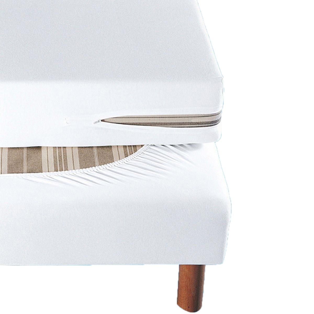 Чехол защитный для матраса из джерсиОписание :Чехол защитный для матраса VALEUR S?RE из качественного джерси, ткань очень мягкая, хорошо тянется и прочная.Джерси, 100% чесаного хлопка (140 гр/м?), антибактериальная обработка Microstop..Характеристики :- Полностью надевается на матрас.Застежка на молнию.Легкость ухода : стирка при 40°СОткройте для себя нашу коллекцию постельных принадлежностей на сайте laredoute.ru<br><br>Цвет: белый,синий,слоновая кость