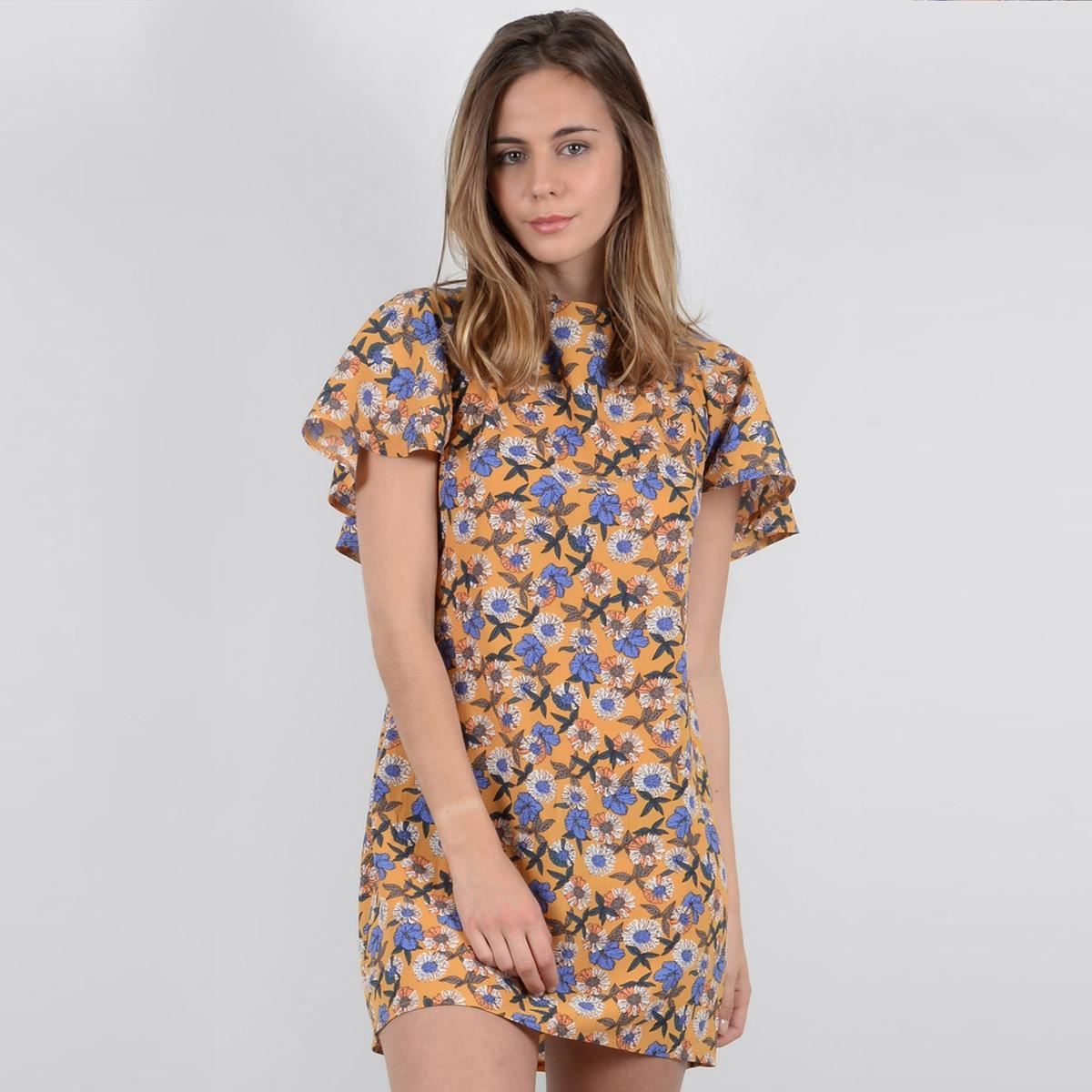 Платье короткое прямое с цветочным рисунком и короткими рукавами