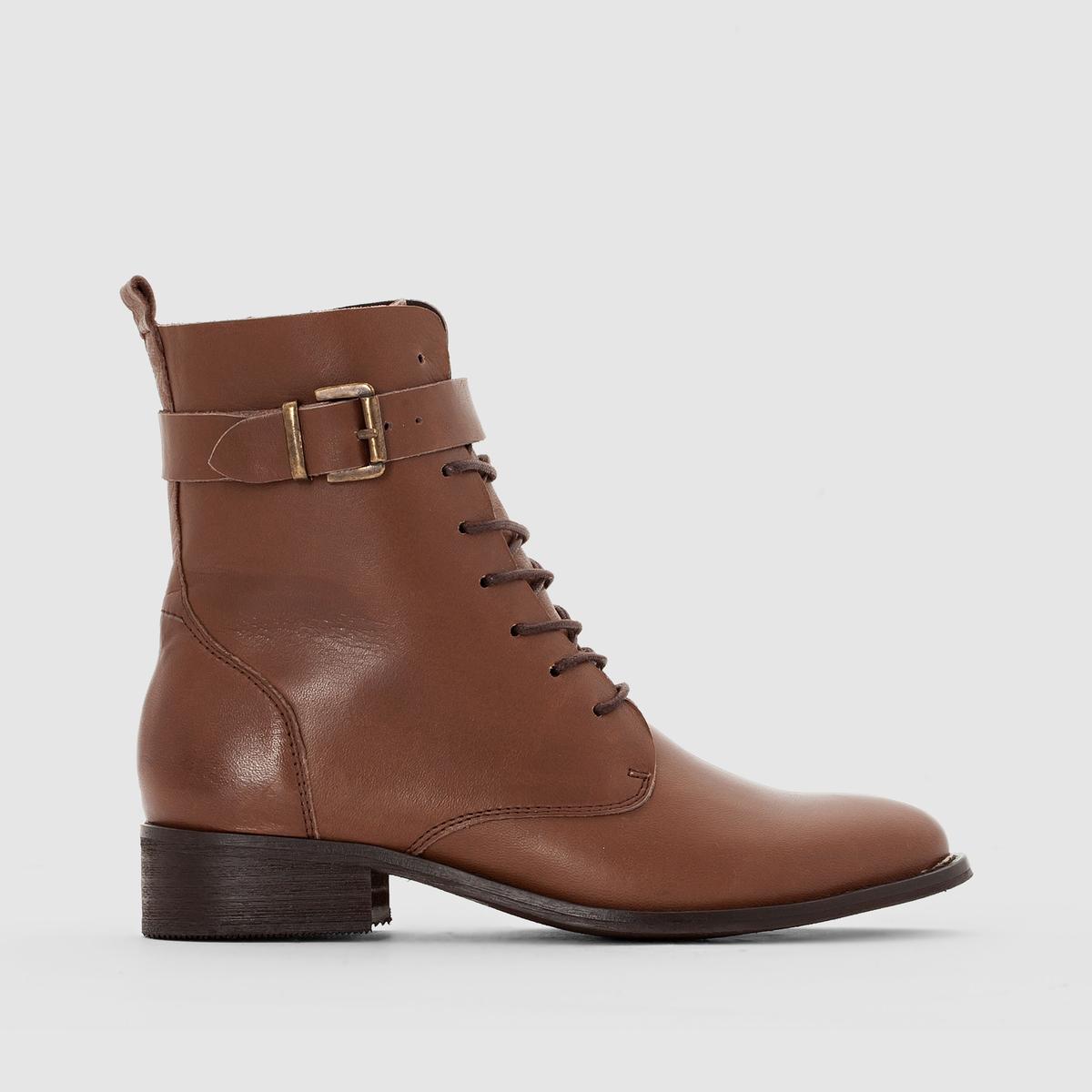 Ботильоны кожаные на шнуровкеОписание •  Высота голенища : 13 см для размера 37 •  Высота каблука : 0 см •  Застежка : шнуровка •  Круглый мысок •  Гладкая отделкаСостав и уход •  Верх 100% кожа • Подкладка 100% кожа    •  Стелька 100% кожа •  Подошва 100% эластомер<br><br>Цвет: каштановый,черный<br>Размер: 38.42